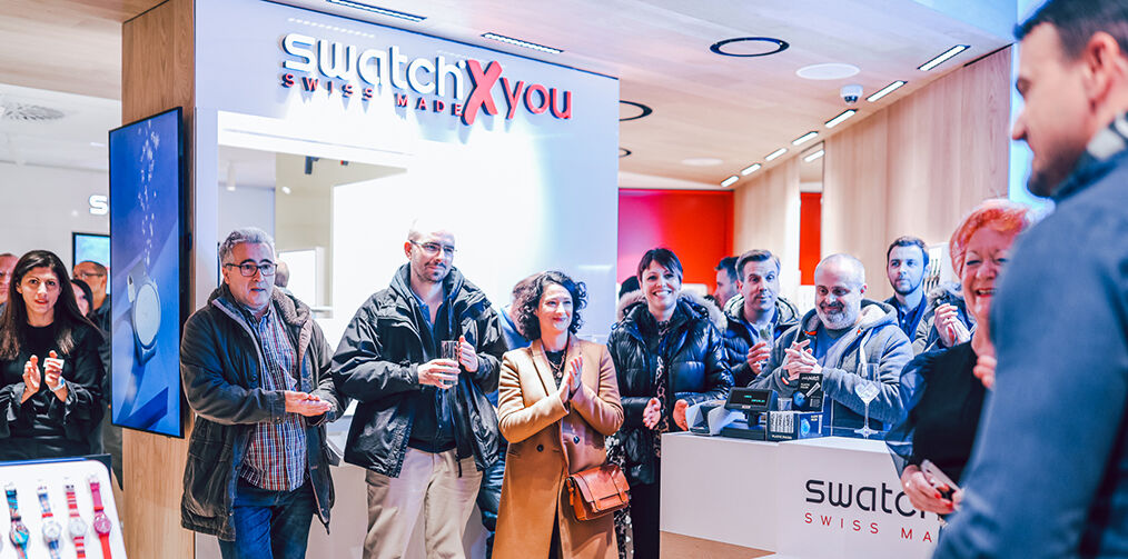 Even more people at Swatch store reopening